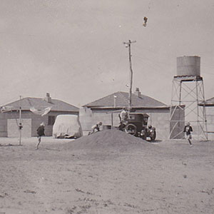 Seaside Huts, Seaside Flats